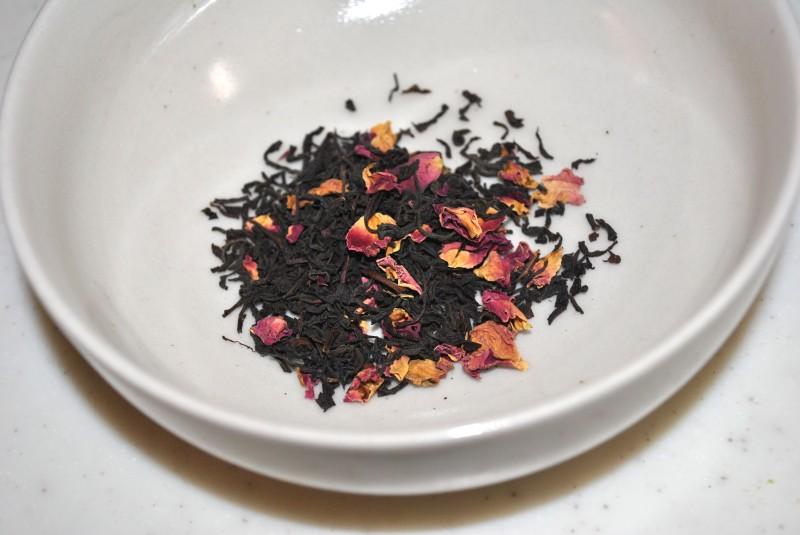 ブリリアントライフ社のアールグレイ・ローズティーの茶葉