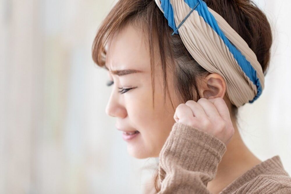 つらい更年期障害は女性ホルモンの減少が理由!症状と原因・対策