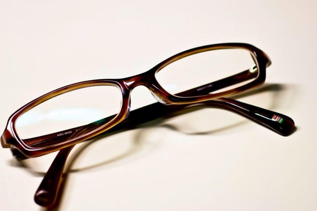 老眼、近眼、乱視など目の悩み