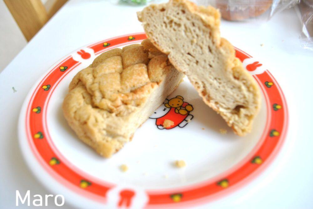 楽園フーズの白いメロンパン